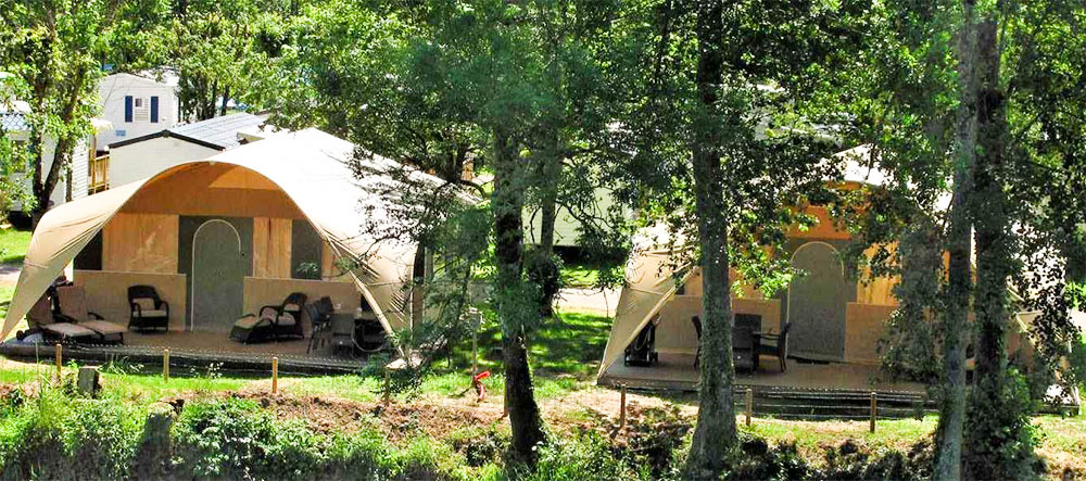 Luxus Camping im Grand Lodgezelt